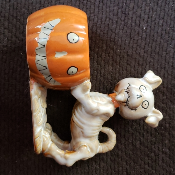 2014 Boney Bunch Collectible (bonesy)